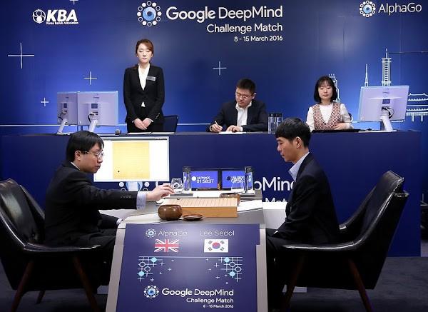 世界圍棋冠軍柯潔向「AlphaGo升級版」認輸?神秘棋手Master已獲得連續50場勝利
