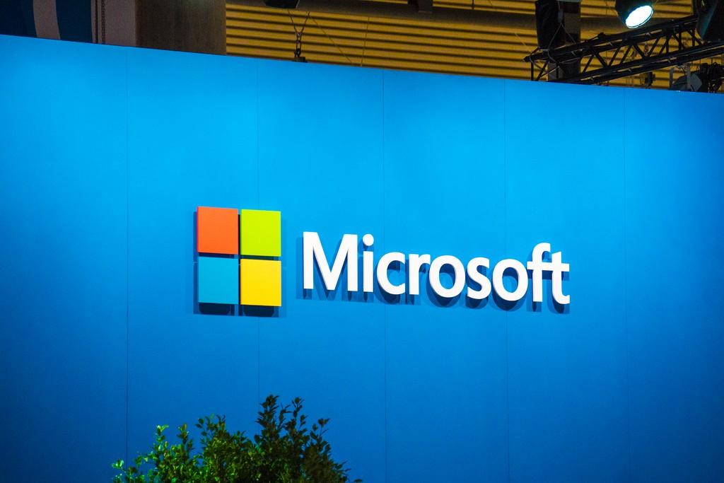 微軟雲端事業部強勢成長,股價大漲5%