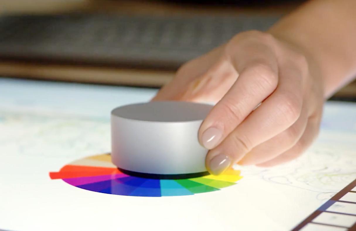 搶蘋果生意!微軟發表主打專業社群電腦「Surface Studio」與全新人機互動裝置「Surface Dial」