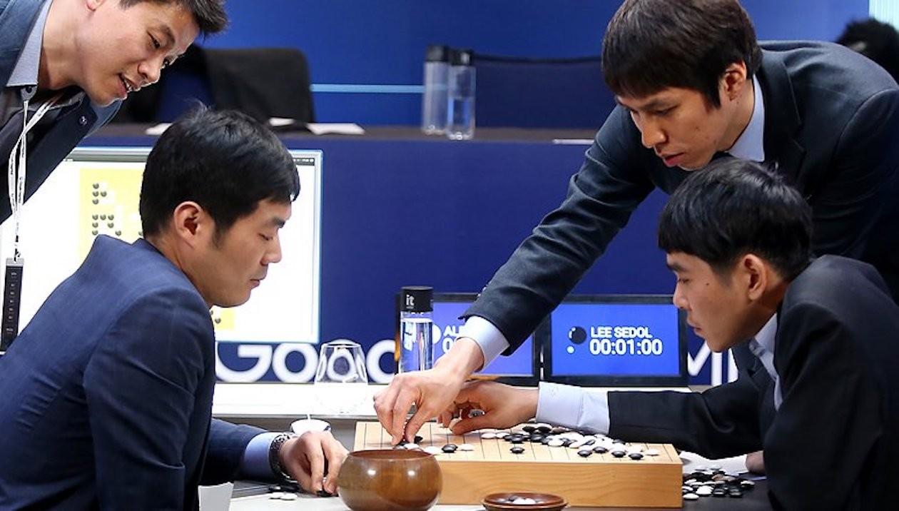 AlphaGo半年內棋力大增,明年將復出再戰