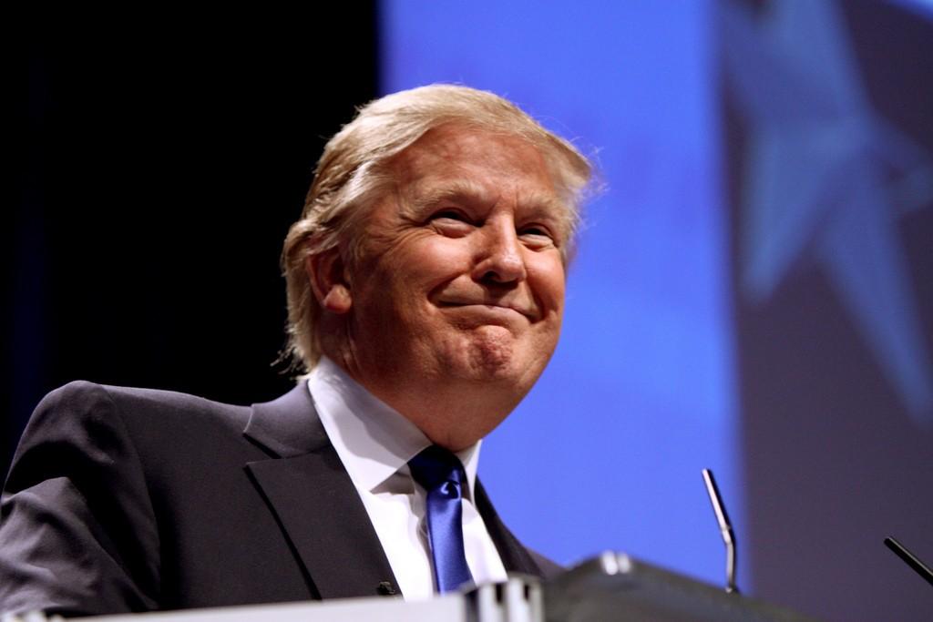 川普:美國總統專屬Twitter帳號弱爆了,我要用自己的!