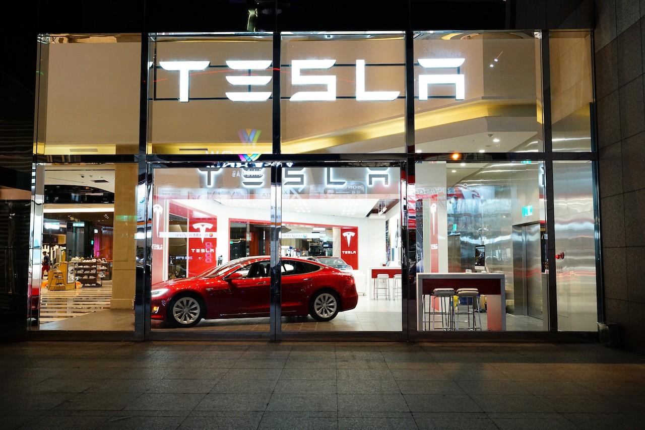 現金「即將枯竭」!Model 3試產在即,特斯拉計畫再籌資11.5億美元