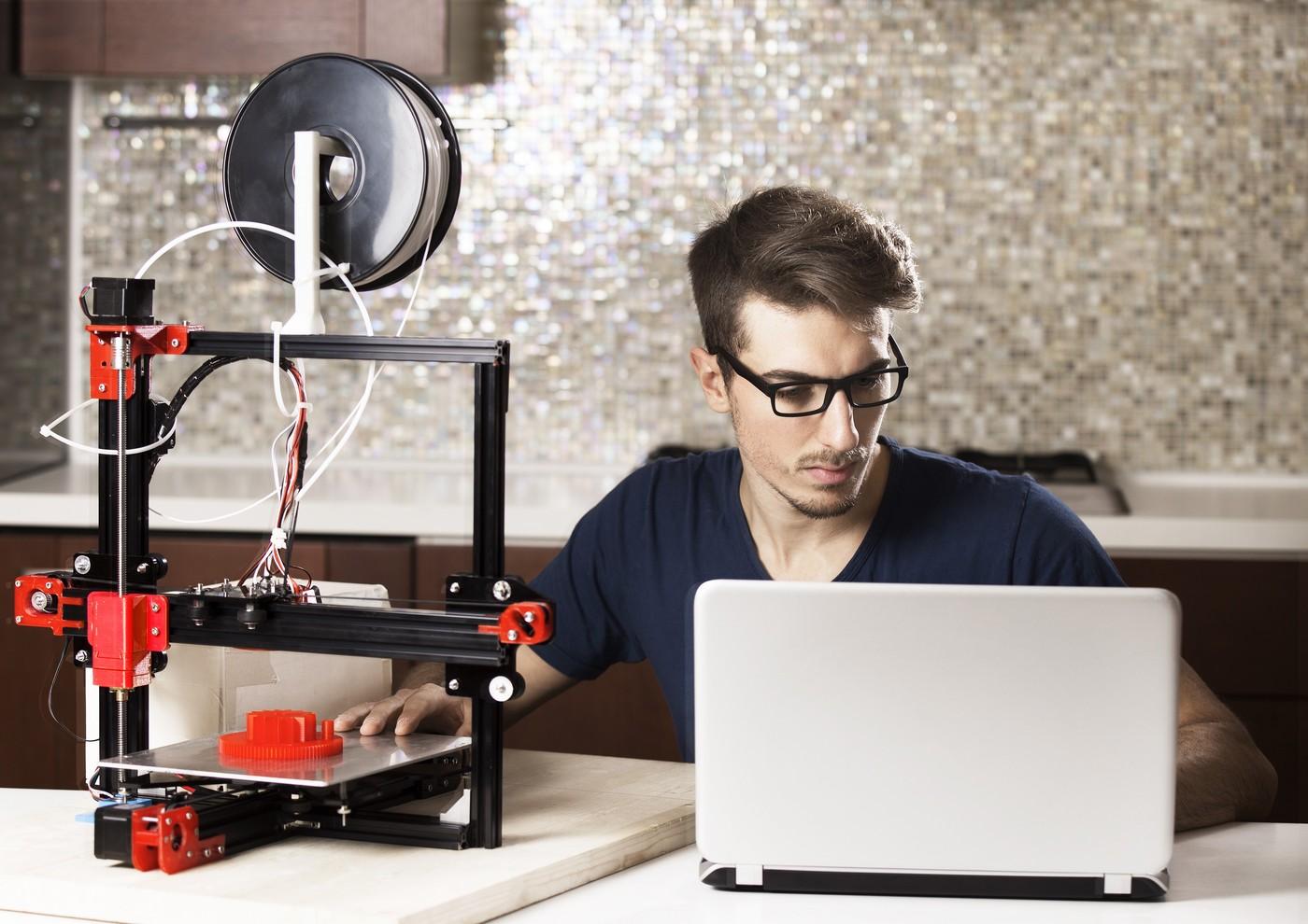 曜越攜手荷蘭3D Hubs,媒合DIY玩家3D列印個人化系統