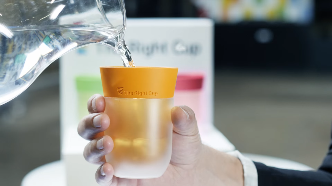 把白開水變果汁?神奇「塑膠杯」募資爆千萬台幣|數位時代