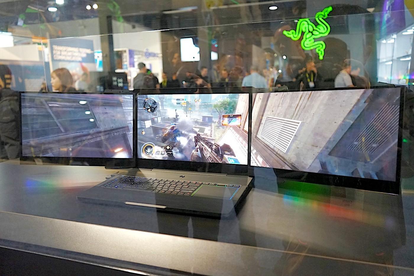 Razer 的三螢幕怪物級 Project Valerie 電競筆電,在CES的展場被偷了!