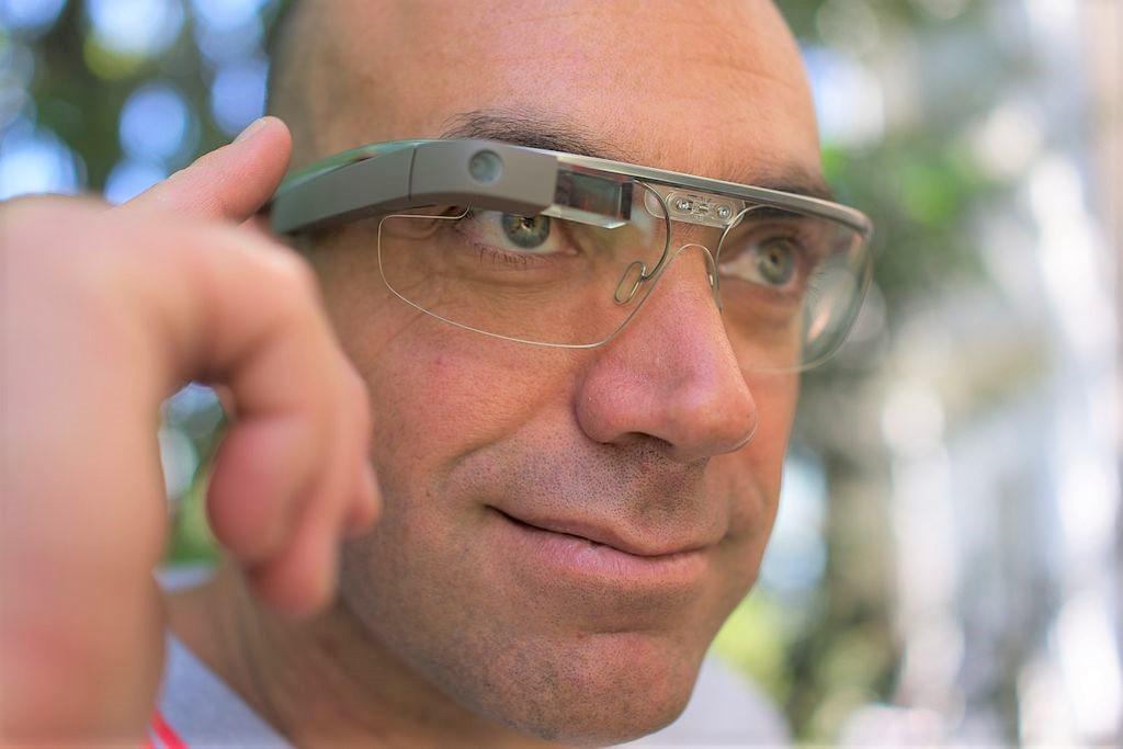 微軟Hololens當心了?傳蘋果和蔡司合作研發AR眼鏡,最快今年發表