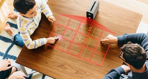 Sony發表實驗產品:能任何平面轉化成觸控螢幕的智慧投影機
