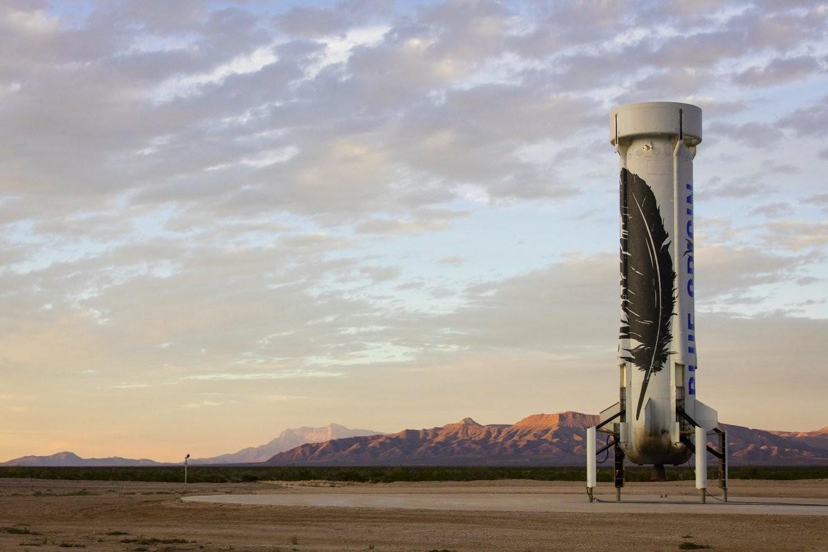 前進月球!貝佐斯要打造太空版「Amazon貨運服務」