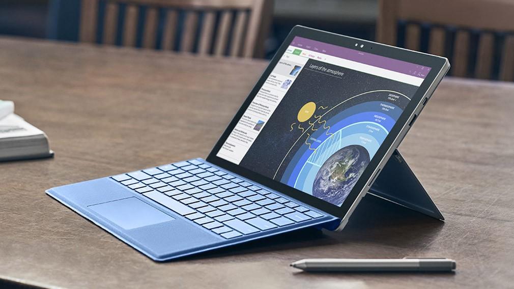別只看微軟Surface營收下降26%,忽略它真正的戰略方向