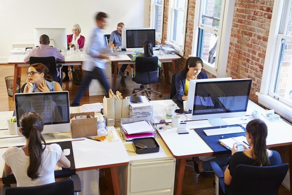 逾5成員工怕工作被淘汰,新時代的職場生存法則:技能也要迭代更新