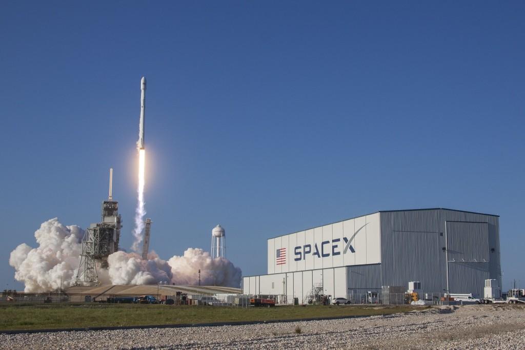表現完全合格!SpaceX天龍號太空船成功返回地球,完成終極測試再創歷史