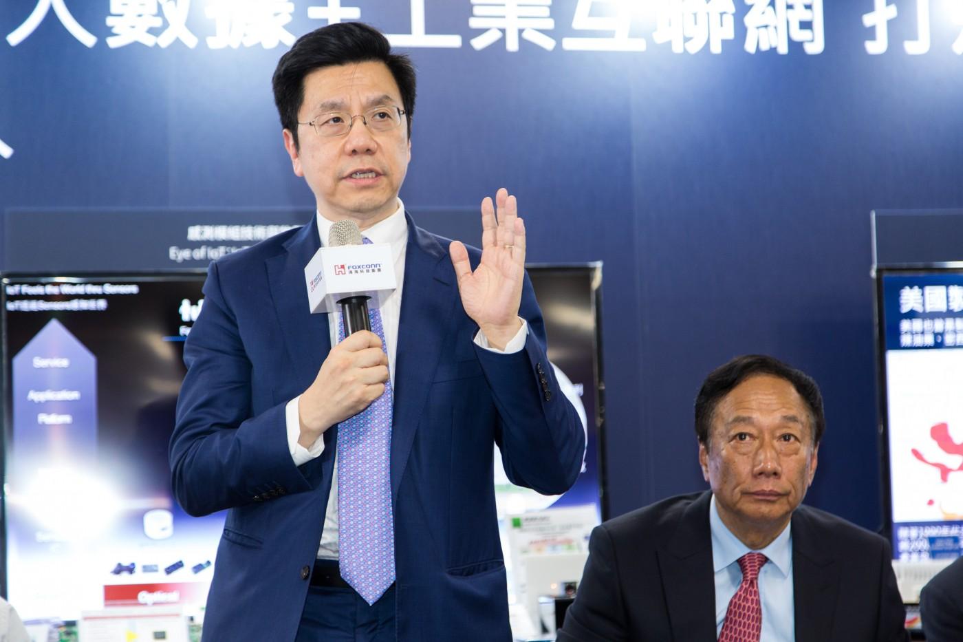 李開復任獨董一年,鴻海投資多家AI與軟硬整合新創