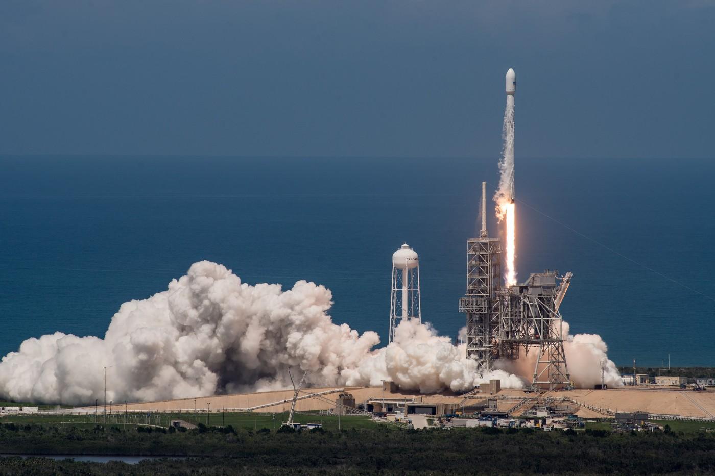 要在3個月內升空?SpaceX載人火箭開發時程曝光,馬斯克:正在最難的部分