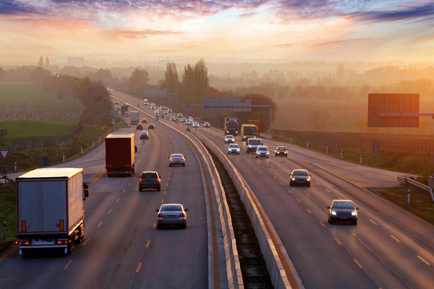 澳洲要打造世界最長電動車高速公路,第一年開放民眾免費使用!