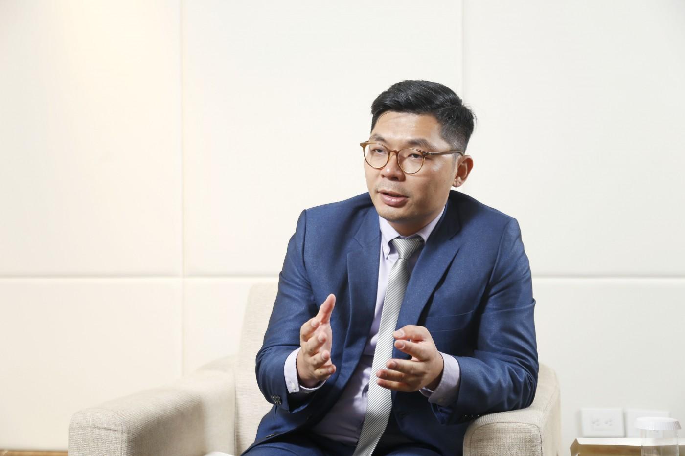 立委許毓仁推無人車立法,採申請制開放道路實測