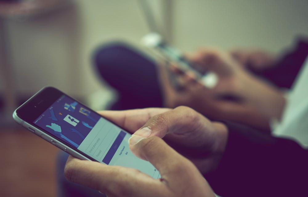 社群9大違規地雷別踩,Facebook發動「萬人大軍」打擊惡意內容