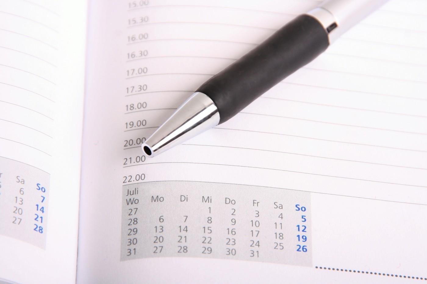所有會議時間都可以縮短一半!行事曆安排堅守3原則,事情才不會滿到做不完