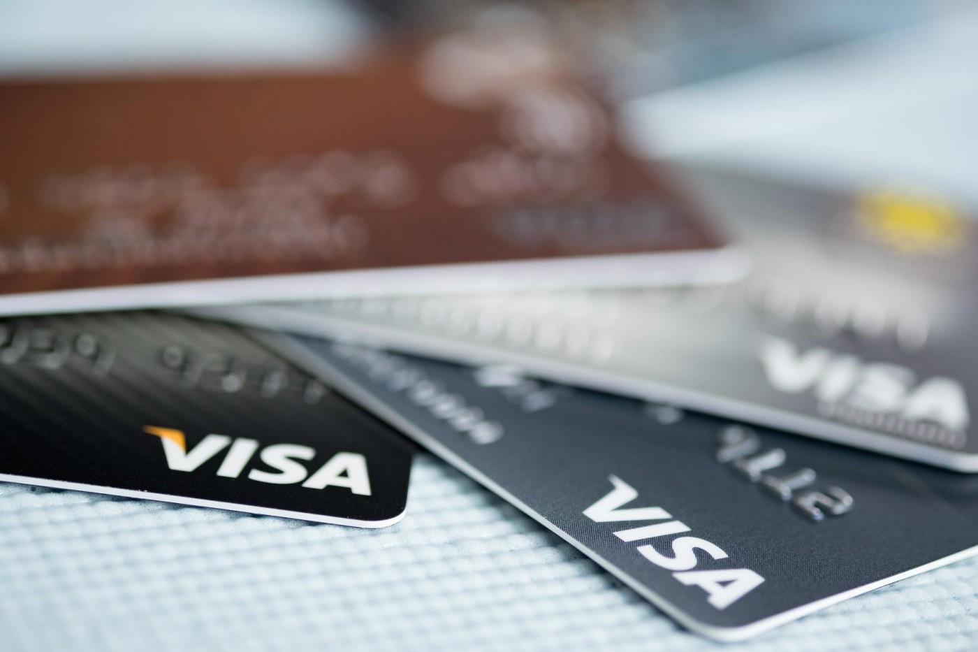 刷卡買虛擬貨幣費用大增,VISA、萬事達卡將提高手續費、利息