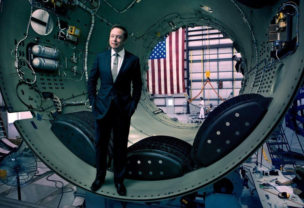 馬斯克那枚送特斯拉超跑上太空的「重型獵鷹」,做到了史上最強火箭也沒做到的事
