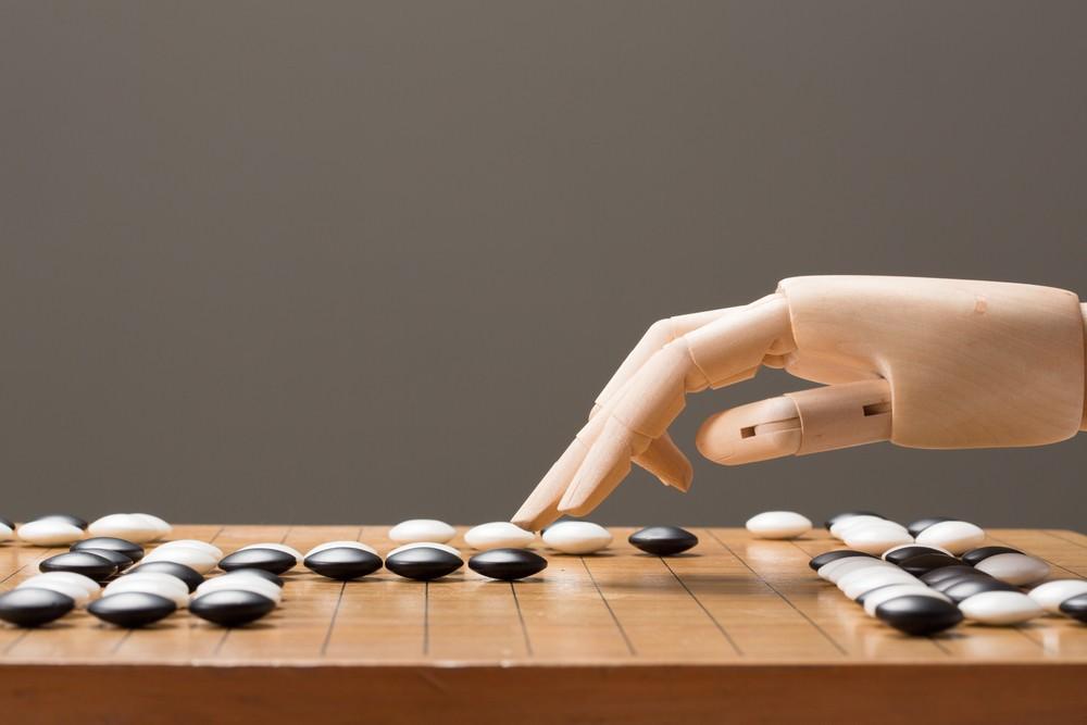 [AI洞見]人機協同賦能未來:機器棋手背後的人腦實力