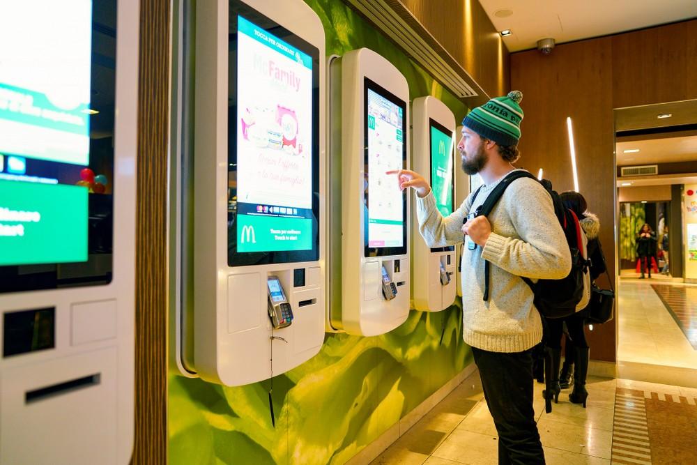 拿下台灣30%市佔!佳世達集團讓AI產品化,解決3個餐飲業痛點