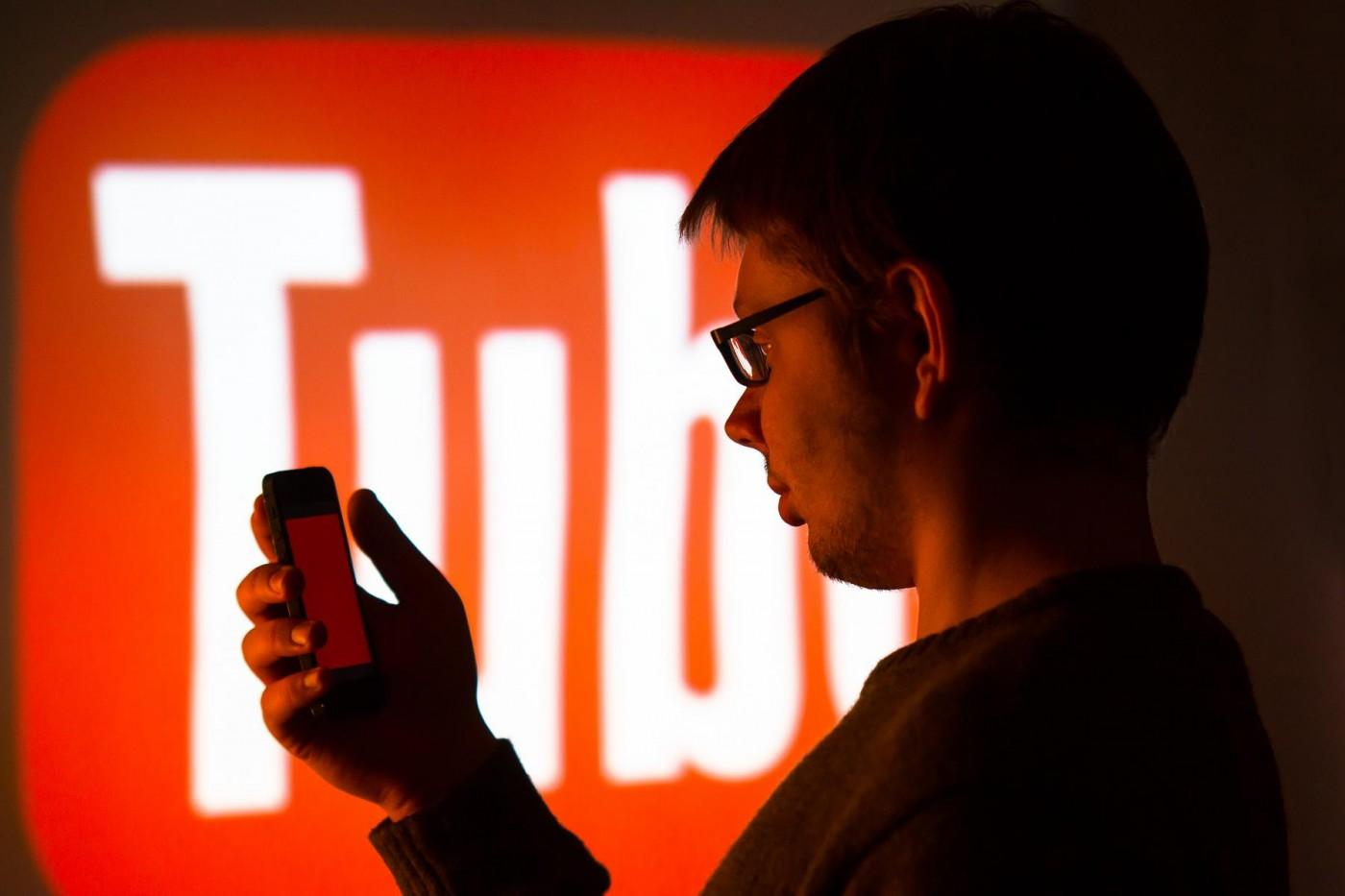 YouTube低調推出免費電影服務,在片中安插廣告盈利