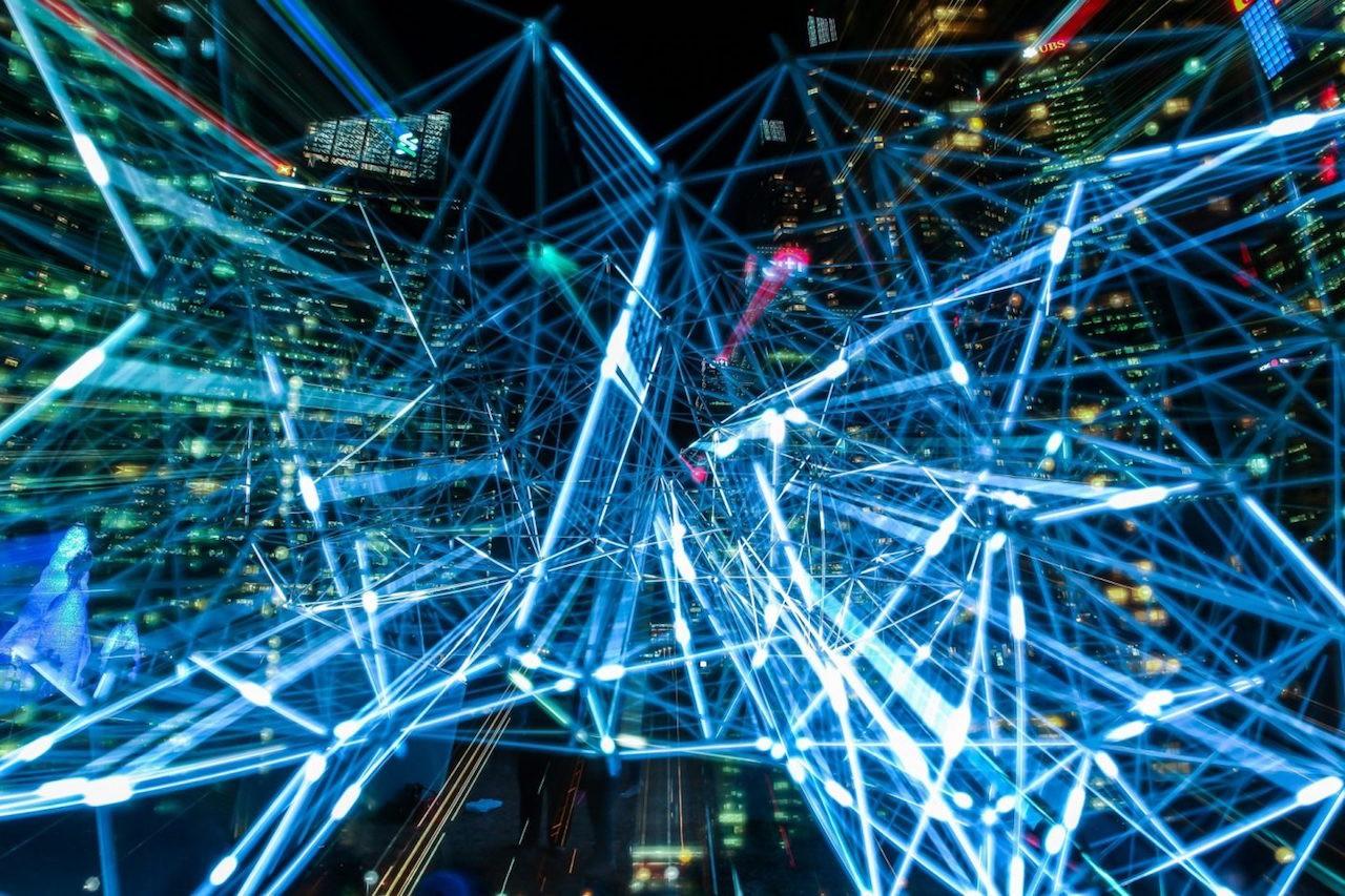 機器、機械中介社會況味,反思數位生活的資訊素養