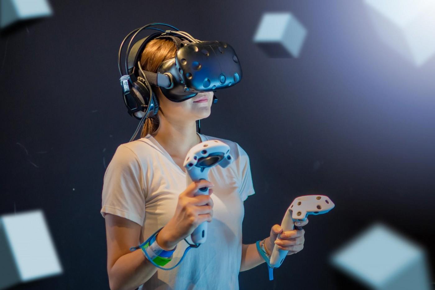 新希望?五家巨頭共用「一條線」串起VR產業新標準