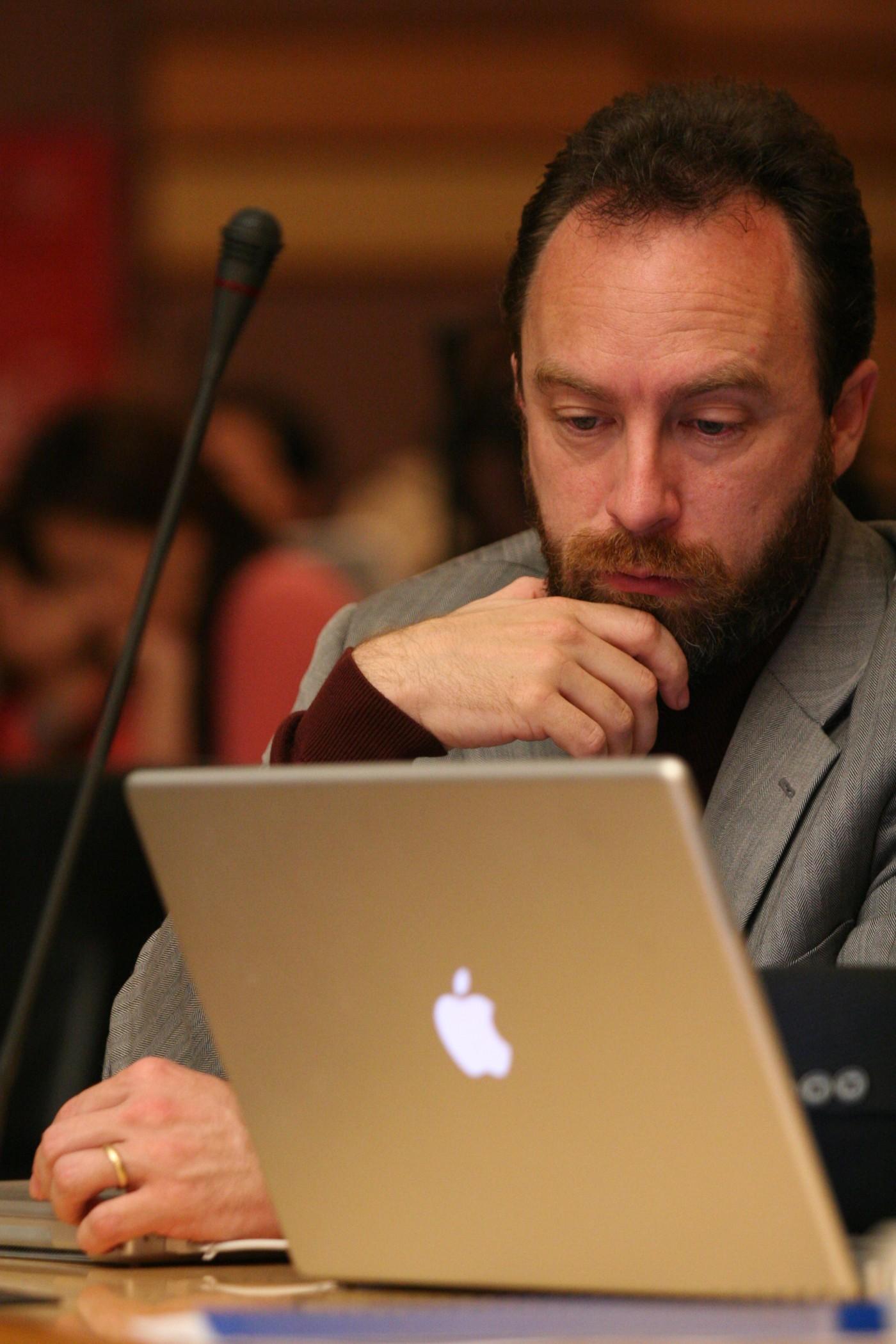 网络老兵维基创办人 Jimmy Wales 不死,再战 2018 科技趋势<p></p>Jimmy Wales