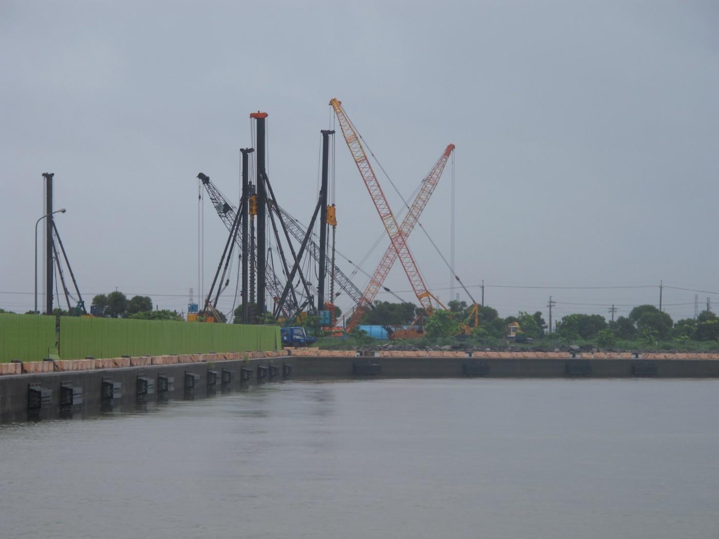 曾被叫蚊子港,高雄興達港現在轉型成離岸風電水下基礎基地