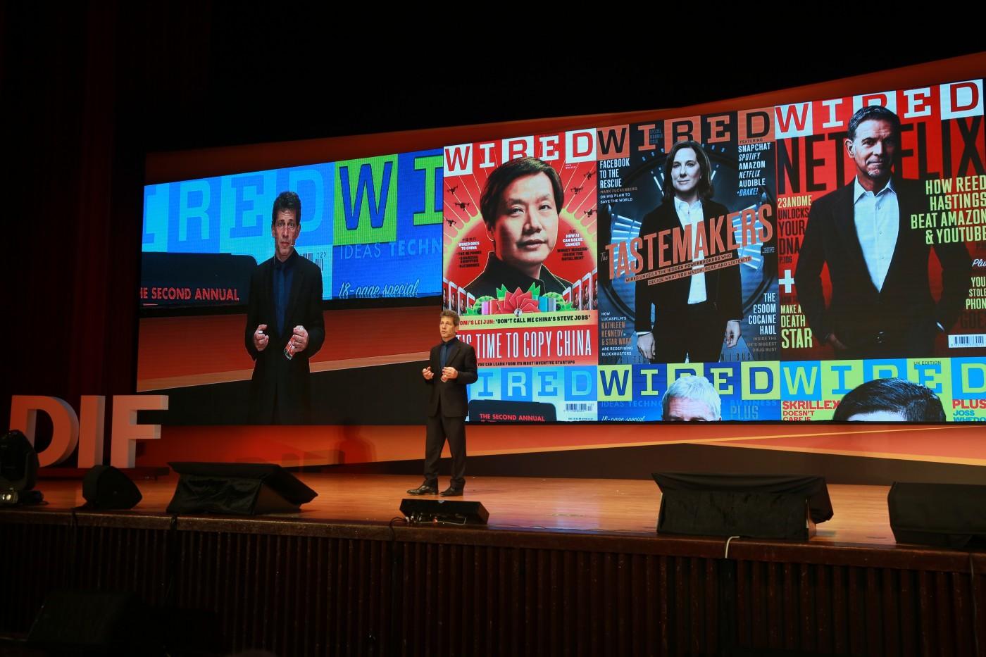 看看當初被微軟CEO嘲笑的iPhone!《WIRED》總編給台灣的7個啟示
