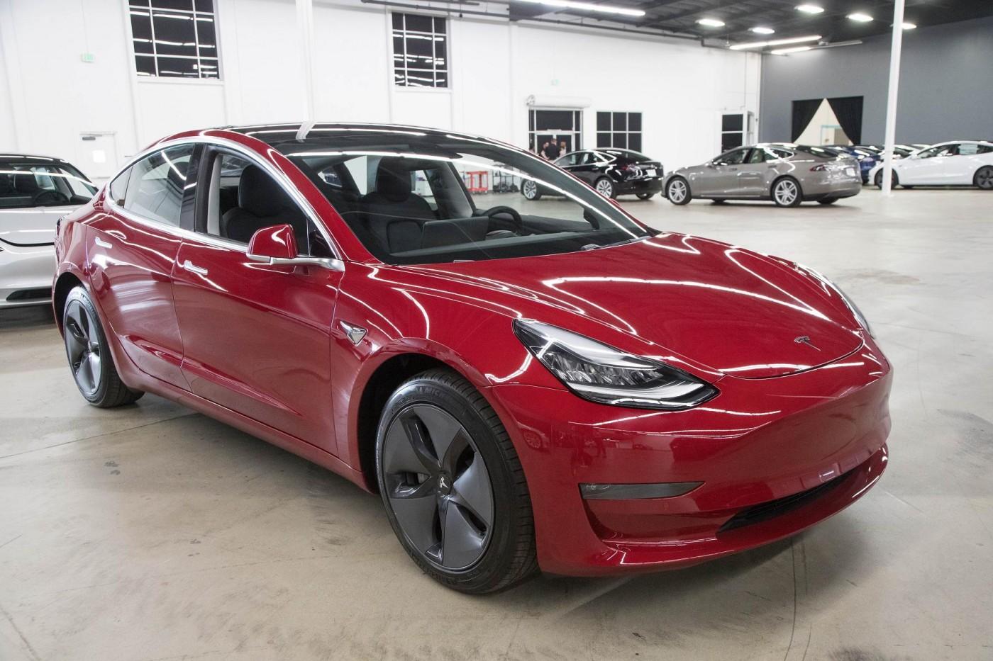 中國電動車慘了?特斯拉上海工廠將量產,Model 3預備大降價
