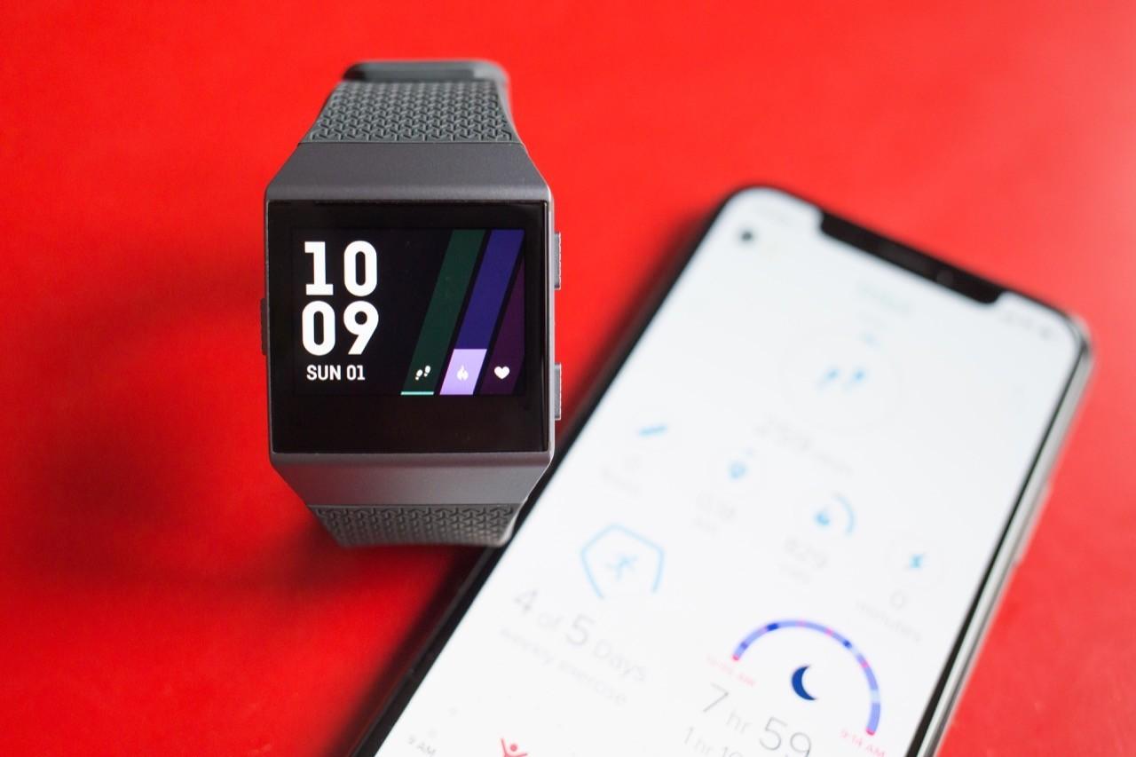 Fitbit推出健康教練平台,瞄準企業用戶的員工福利計畫
