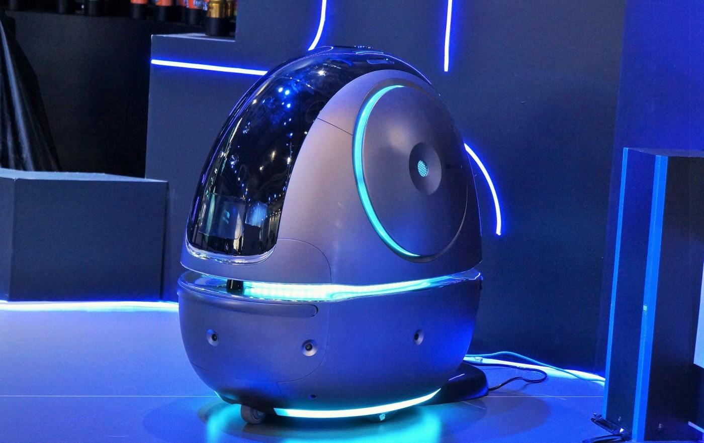 阿里巴巴一口氣發表三款AI機器人,要從居家走向飯店、醫院和大馬路