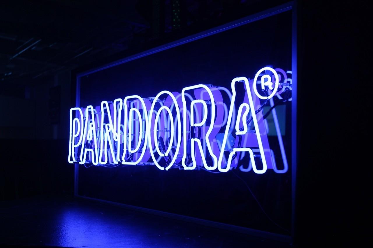音樂串流始祖Pandora,以35億美元賣給美國天狼星廣播電台