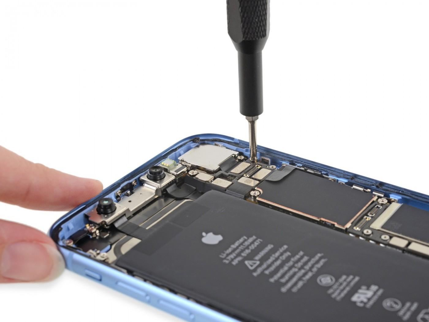 拆解iPhone XR:其實它就是消失的iPhone 9