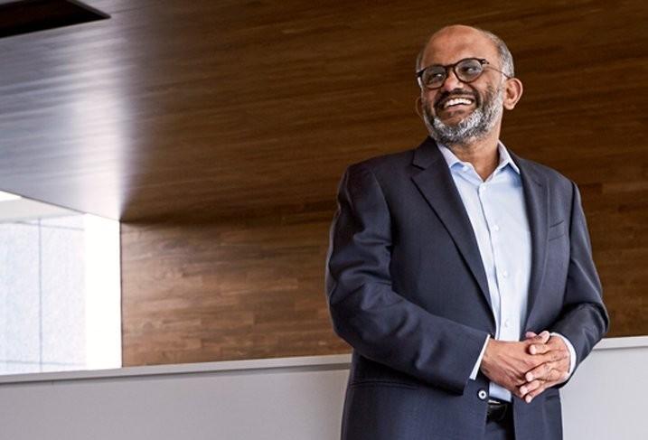 一個損失200億的決定反而救了Adobe!印度裔CEO帶領公司市值成長6倍