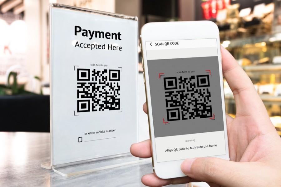 mobile payment_shutterstock_704697319Resize 1280.j