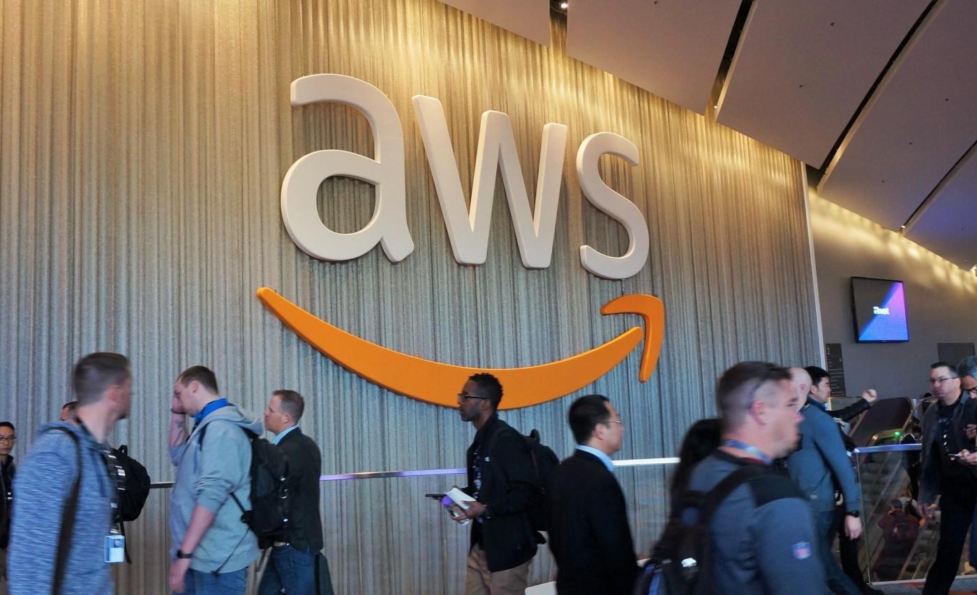 疫情下AWS第三季收入成長29%被嫌少,CEO反駁、更透露「遠距」招聘規劃