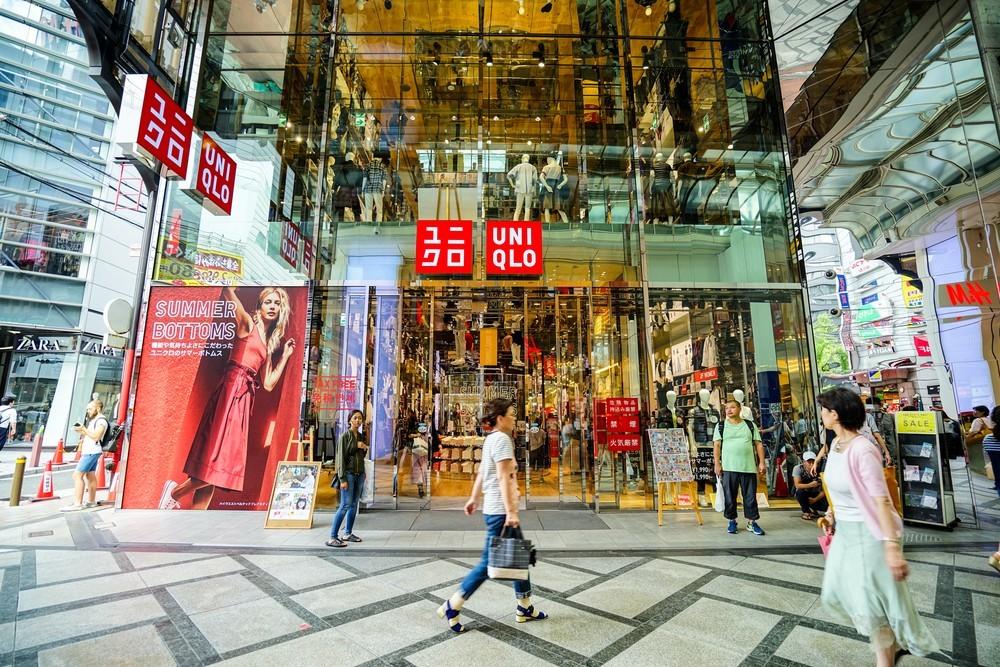 Uniqlo市值首度超越Zara,它如何翻轉危機躍全球最大服飾零售商?