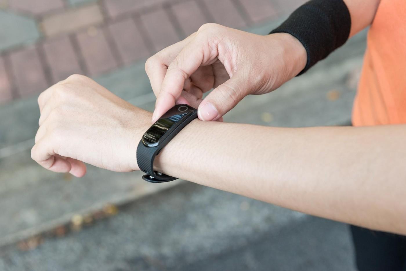 保戶越健康賺越多,金融服務結合穿戴裝置成趨勢