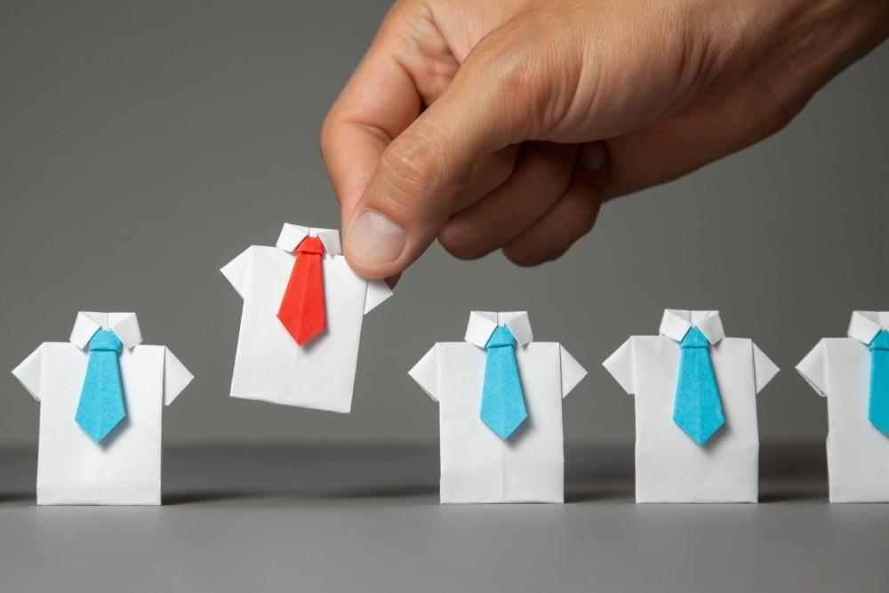 中國金融和網路就業前景暗淡,三季職缺數較去年同期少51%