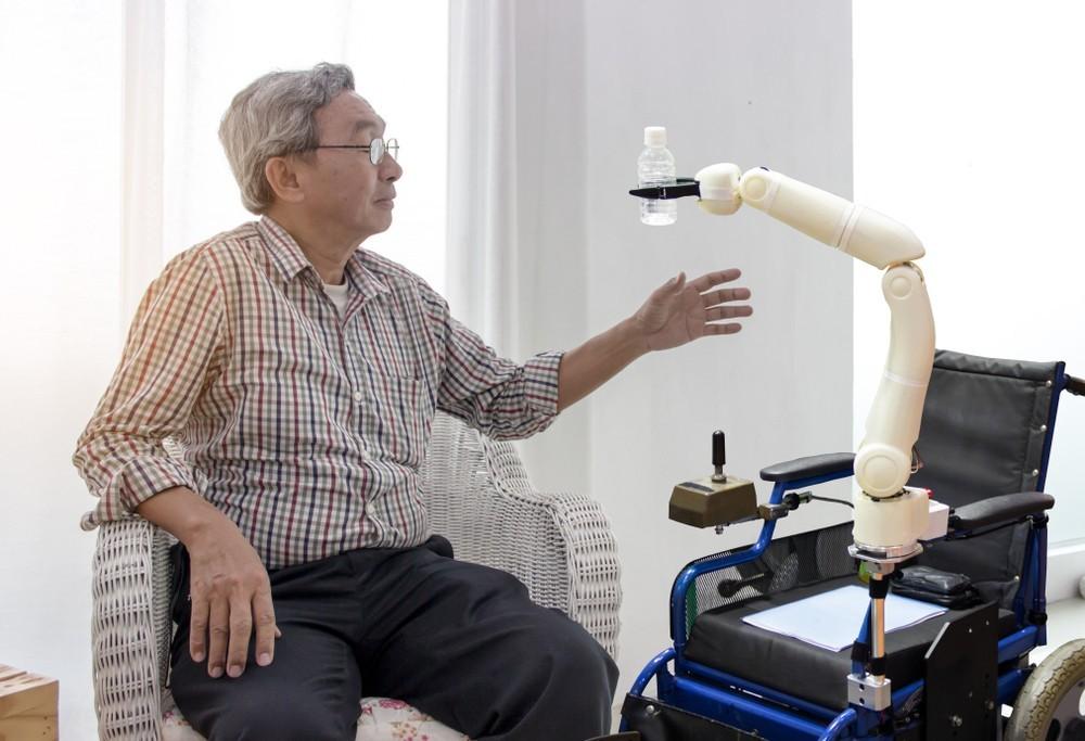 機器人是台灣長照的解藥嗎?