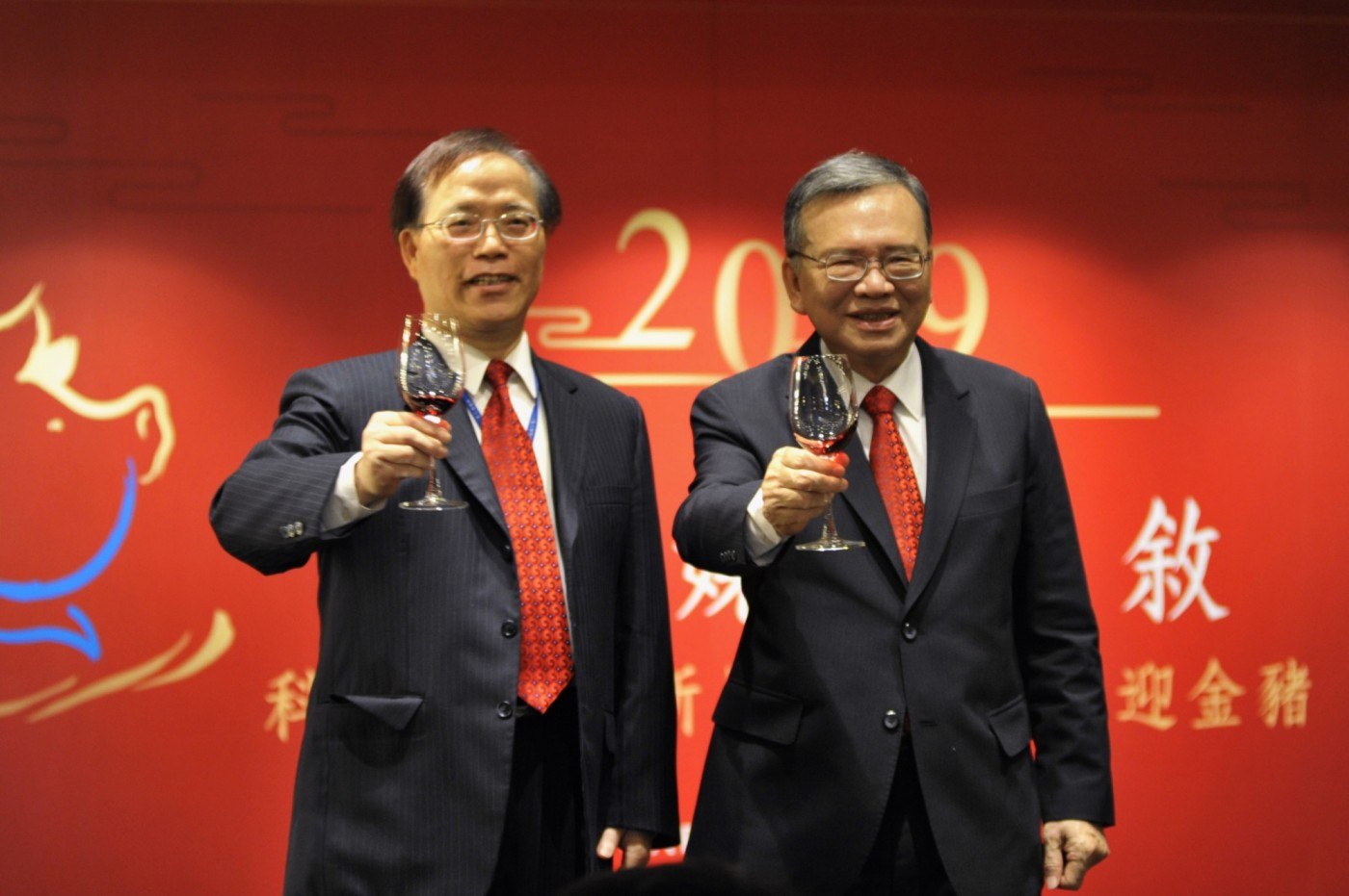 不後悔推499吃到飽,中華電信董事長:產業需要競爭,推三年轉型計畫