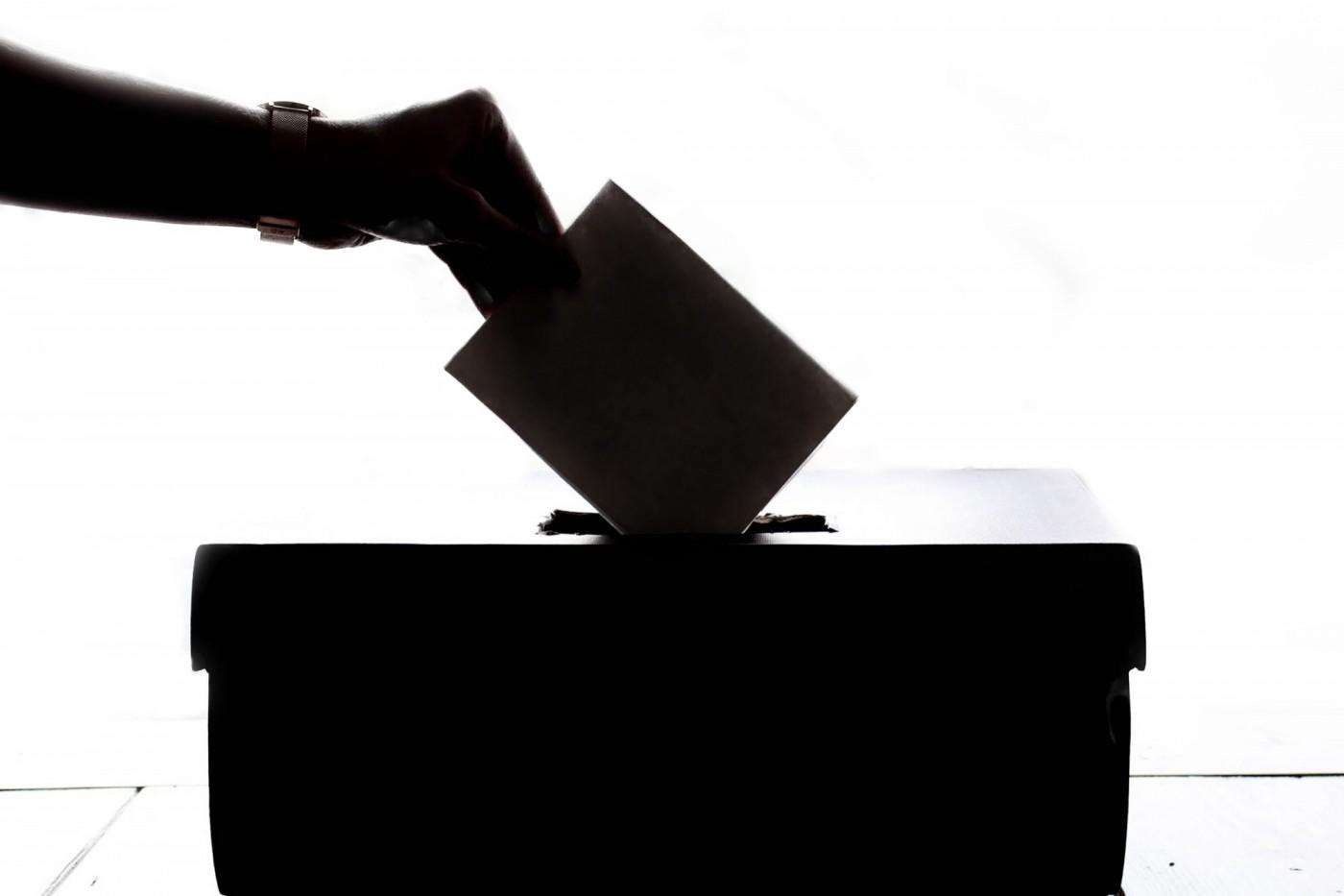 你的一票關係台灣未來!4個網站幫你複習政見做決定