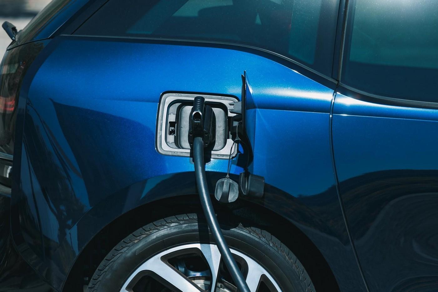 區塊鏈結合能源正夯,奧地利電力公司打入電動車充電市場