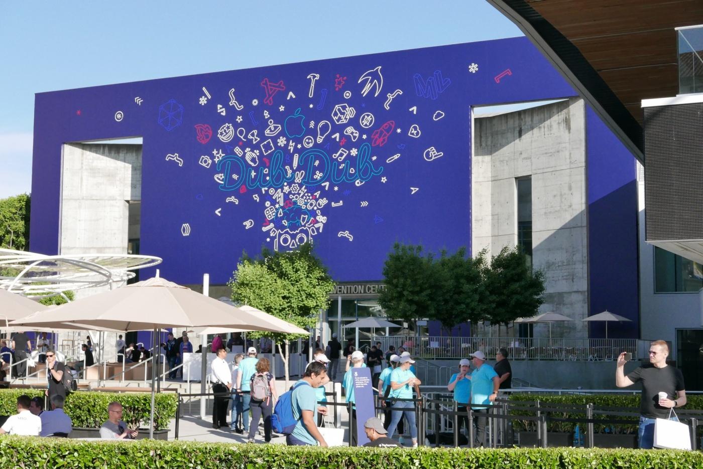 【WWDC現場直擊】展場設計的「小心機」,窺探蘋果今年想講的大事