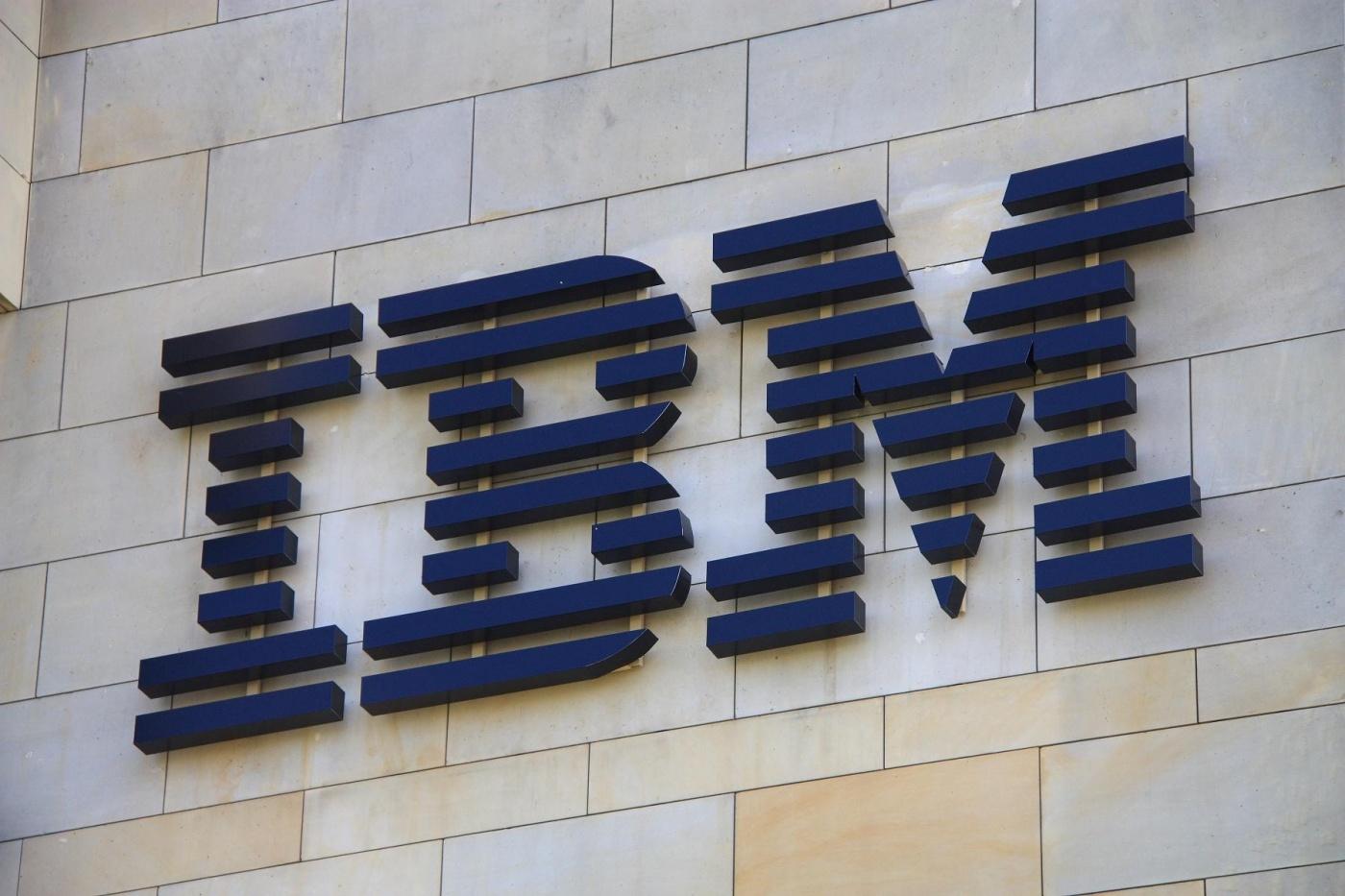 砸兆元收購紅帽,藍色巨人IBM如何突破雲端巨頭叢林