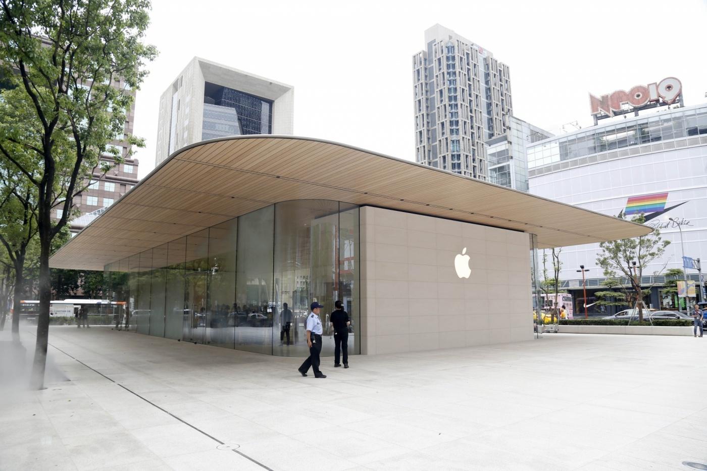 潛入台灣第一間蘋果獨立街邊直營店,Apple信義A13暗藏了什麼驚喜?