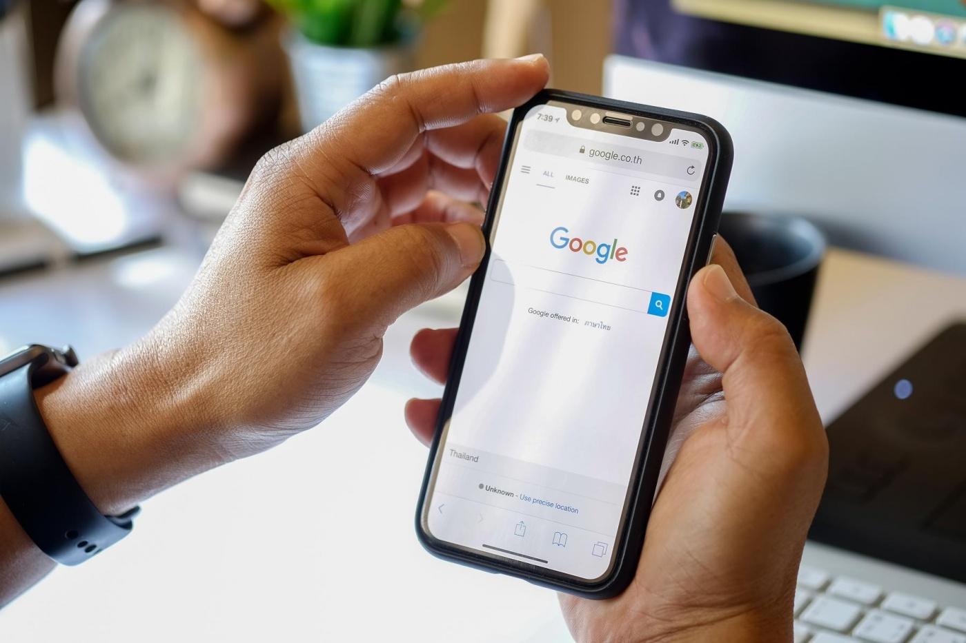 把Android搜尋引擎變「拍賣品」,Google開放同業競標引發負評連連